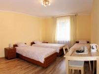 Pokoje Gościnne Dąbrówka - zdjęcie główne