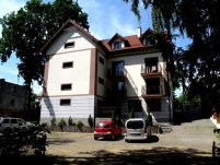 Dom Wczasowy Pod Dębem - zdjęcie główne