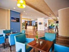 Hotel Karolinka - zdjęcie główne