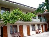 Krysia - pokoje gościnne i domek - zdjęcie główne